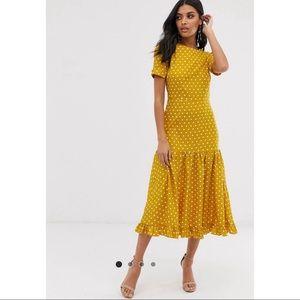 🌟 LIKE NEW! Polka Dot Maxi Dress w/ Ruffle Hem 🌟